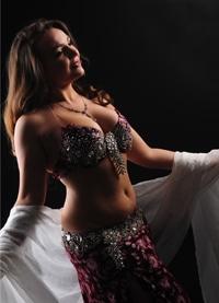 Ориенталска танцьорка България - Невена Тачева